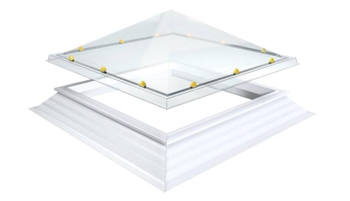 Skylux, pyramidin muotoinen kattoikkuna